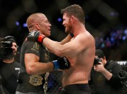 Georges St-Pierre et Michael Bisping... (Photo Noah K. Murray, USA TODAY Sports) - image 1.0