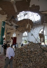 Le toit d'une mosquée s'est effondré à Khanaqin,dans... (PHOTO REUTERS) - image 1.0
