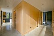 Un cube de bois où se concentrent plusieurs... (Photo David Boily, La Presse) - image 3.0