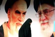 L'ayatollah Ali Khamenei(à droite) et l'ayatollah Ruhollah Khomeini... (Photo AFP) - image 1.0