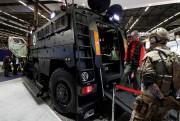 Le camion blindé lourd livré à la police... - image 3.0