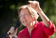 Elizabeth Warren... (AFP) - image 2.0