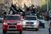 Daesh affectionne les pick-up Toyota Hilux. On peut... - image 1.0
