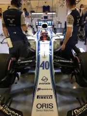 Robert Kubica dans la Williams FW40 qu'il a... - image 2.0