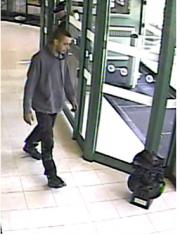 Le second suspect.... - image 1.0