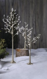 Ces arbres d'aspect naturel sont parfaits pour habiller... (Photo fournie par Canadian Tire) - image 2.0