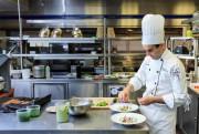 Jonathan Lapierre-Rehayem, chef du restaurant de l'Institut de... (Photo Edouard Plante-Fréchette, Archives La Presse) - image 2.0