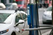 Une borne électrique rue St-Antoine. Photo: David Boily,... - image 7.0
