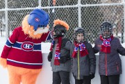 Youppi a pris part à l'inauguration de la patinoire,... (PHOTO HUGO-SÉBASTIEN AUBERT, LA PRESSE) - image 2.0