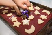 Glacer les biscuits fait partie du plaisir. Il... (photo Robert Skinner, La Presse) - image 4.0