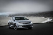 La Chrysler 200 2017... (Photo fournie par le constructeur) - image 1.0