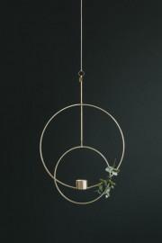 Les chandeliers suspendus feront leur apparition en 2018,... (Photo fournie par la boutique Chez nous chez vous) - image 1.0