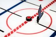 Ils sont fous du hockey sur table. Chaque... (PHOTO BERNARD BRAULT, LA PRESSE) - image 3.0