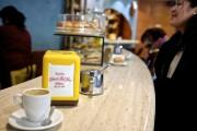 Ouvert en 1947, le café Forn de Sant... (photo jean-christophe laurence, la presse) - image 7.0