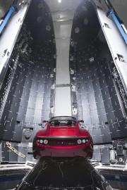 Le Roadster qui doit être mis en orbite... - image 5.0