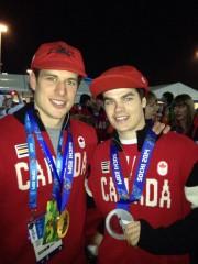 Sidney Crosby et Mikaël Kingsbury aux Jeux de... (Photo tirée de Twitter) - image 2.0