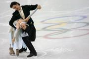 Marie-France Dubreuil et Patrice Lauzon aux Jeux olympiques... (Photo Franck Fife, archives AFP) - image 2.0