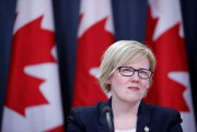 Carla Qualtrough, ministre des Services publics et de... (photo chris wattie, archives reuters) - image 1.1