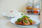 Darnes de poisson-chat au curry rouge (pad phet... (Photo PHOTO EDOUARD PLANTE-FRÉCHETTE , La Presse) - image 2.0