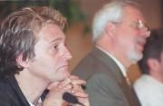 Gilbert Rozon en compagnie de Pierre Marc Johnson... (Photo Robert Mailloux, archives La Presse) - image 5.0