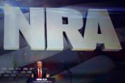 Donald Trump livre un discours lors d'une convention... (REUTERS) - image 3.0