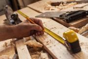 «Certains charpentiers vont volontairement réduire leur prix en... (photoThinkstock) - image 1.0