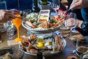 Le prix des plateaux de fruits de mer... (Photo Martin Tremblay, La Presse) - image 2.0