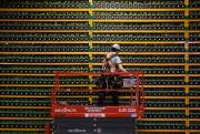 À l'image d'un mineur d'or qui fait des... (PHOTO LARS HAGBERG, AGENCE FRANCE-PRESSE) - image 1.1