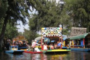 Les canaux de Xochimilco sont célèbres pour leurs... (Photo Rodolphe Lasnes, collaboration spéciale) - image 6.0