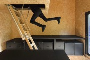«Tirez la chevillette et l'échelle cherra...» Voilà l'accès... (Photo François Bodlet, fournie par Jean Verville) - image 3.0