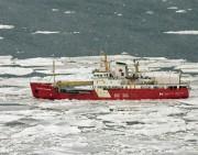 Le brise-glace légerSir William Alexander... (PHOTO ARCHIVES LA PRESSE CANADIENNE) - image 1.0