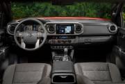 Il faut souligner l'excellente ergonomie des commandes du... (Photo fournie par Toyota) - image 3.0