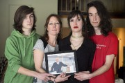 Nathalie Dussault, la veuve de la victime, en... (Graham Hughes, PC) - image 2.0