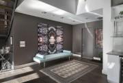 Le vestibule de l'appartement est grand et permet... (Photo fournie par Engel&Völkers) - image 3.0