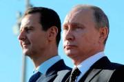 Le président russe Vladimir Poutine en compagnie de... (Photo Mikhail Klimentyev, archives Sputnik via AP) - image 1.0