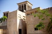 Un édifice traditionnel du secteur historique d'Al Fahidi.... (PHOTO SARAH MONGEAU-BIRKETT, LA PRESSE) - image 3.0