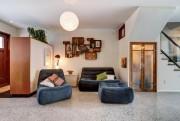 Le parquet du salon est en béton chauffant.... (Photo Re/Max 2001) - image 1.1