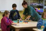 Julie Gaudet enseigne les arts plastiques à l'école... (PHOTO FRANÇOIS ROY, LA PRESSE) - image 2.0