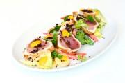 Un classique irréprochable: la salade niçoise de romaine,... (Photo Bernard Brault, La Presse) - image 3.0