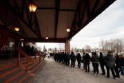 Les portes ouvrent dans une trentaine de minutes,... (PHOTO HUGO-SÉBASTIEN AUBERT, LA PRESSE) - image 2.0