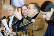 La liste des signataires de cette démarche intitulée... (Photo Alain Roberge, La Presse) - image 1.0
