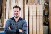 «À 16 ans, je travaillais déjà le bois,... (Photo Marco Campanozzi, La Presse) - image 3.0