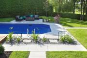 Vous gardez en souvenir ce magnifique jardin d'Andalousie avec ses murs blancs... - image 3.0