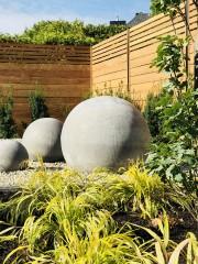 Vous gardez en souvenir ce magnifique jardin d'Andalousie avec ses murs blancs... - image 5.0