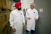 Navdeep Bains, ministre de l'Innovation, des Sciences et... (Photo David Boily, La Presse) - image 1.0