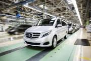 Un fourgon Vito à l'usine Mercedes-Benz de Vittoria,... - image 1.0