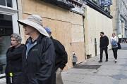 Plusieurs commerces ont placardé leur devanture, préférant prévenir... (Patrick Sanfaçon, La Presse) - image 2.1