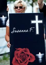 Une participante de la marche blanche, samedi à... (REUTERS) - image 3.0