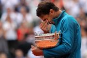 Rafael Nadal s'est montré très émotif lorsqu'il a... (Photo Pascal Rossignol, REUTERS) - image 1.0