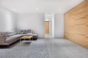 Vaste et lumineuse, la salle de séjour est... (Photo : Amielle Clouâtre) - image 2.1